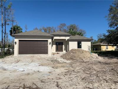Naples FL Single Family Home For Sale: $304,999