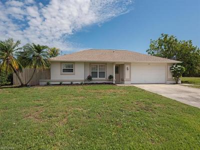 Cape Coral Single Family Home For Sale: 1221 SW 18th Ter