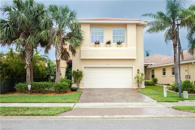 Fort Myers Single Family Home For Sale: 10498 Carolina Willow Dr