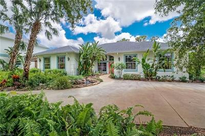 Collier County Single Family Home For Sale: 5720 Autumn Oaks Ln