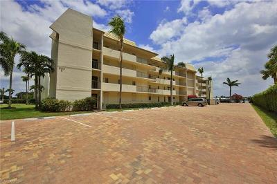 Marco Island Condo/Townhouse For Sale: 931 Collier Ct #C102