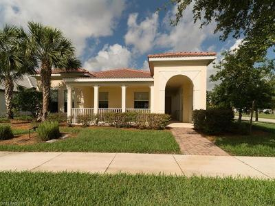 Naples Single Family Home For Sale: 4981 Hemingway Ter