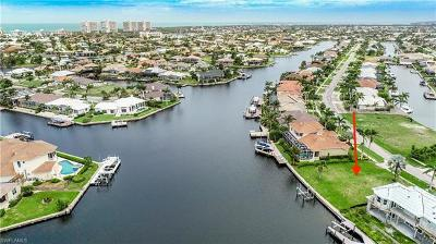 Marco Island Residential Lots & Land For Sale: 226 Edgewater Ct