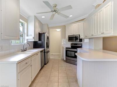 Naples Square Condo/Townhouse For Sale: 4167 Los Altos Ct