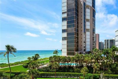 Naples Condo/Townhouse For Sale: 4301 Gulf Shore Blvd N #400