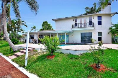Fort Myers Single Family Home For Sale: 109 Montrose Dr