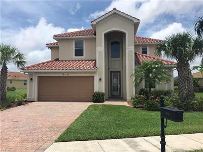 Naples FL Single Family Home Pending With Contingencies: $451,000