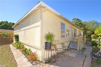 Bonita Springs Multi Family Home For Sale: 27550/552 Nevada St