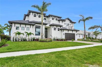 Marco Island Single Family Home For Sale: 258 Capistrano Ct