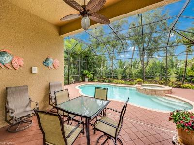 Naples Single Family Home For Sale: 5624 Hammock Isles Dr