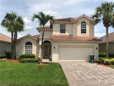 Naples FL Single Family Home For Sale: $425,000