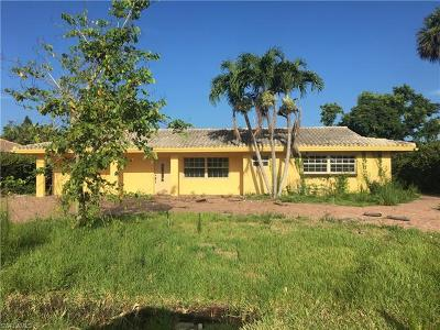 Naples Single Family Home Pending With Contingencies: 151 Burning Tree Dr