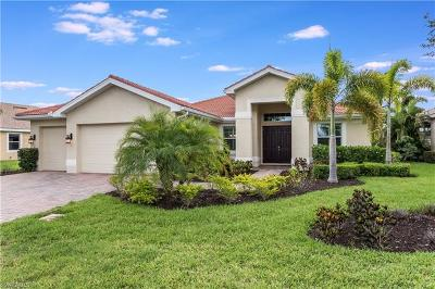 Bonita Springs Single Family Home For Sale: 10138 Avonleigh Dr