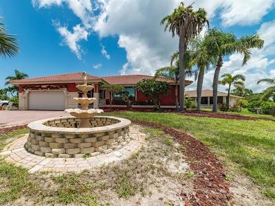 Marco Island Single Family Home For Sale: 433 Hartley St