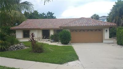 Marco Island Single Family Home For Sale: 1741 Dogwood Dr