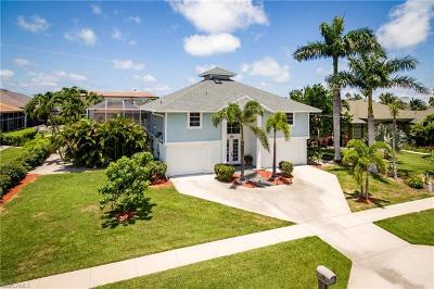 Marco Island Single Family Home For Sale: 490 Pheasant Ct