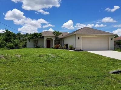 Lehigh Acres Single Family Home For Sale: 901 Alvin Ave