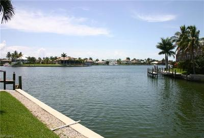 Marco Island Single Family Home For Sale: 971 Abaco Ct