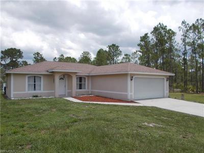 Naples Single Family Home For Sale: 3685 27th Ave NE