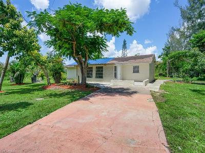 Naples Single Family Home For Sale: 10225 Greenway Rd