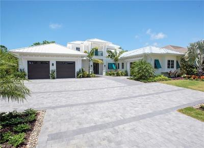 Naples Single Family Home For Sale: 577 Starboard Dr