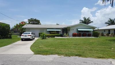 Cape Coral Single Family Home For Sale: 5107 SW 2nd Pl