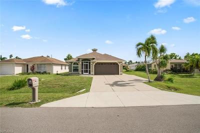 Naples Park Single Family Home For Sale: 783 92nd Ave N