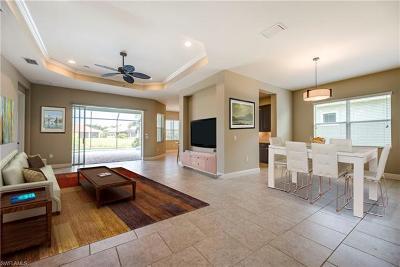 Estero Single Family Home For Sale: 21292 Estero Vista Ct