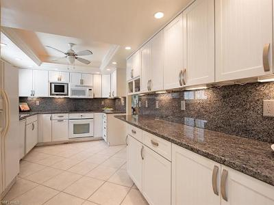 Naples FL Condo/Townhouse For Sale: $945,000