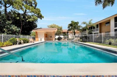 Naples Condo/Townhouse For Sale: 4126 Belair Ln #B6