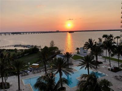 Fort Myers Condo/Townhouse For Sale: 3000 Oasis Grand Blvd #1004