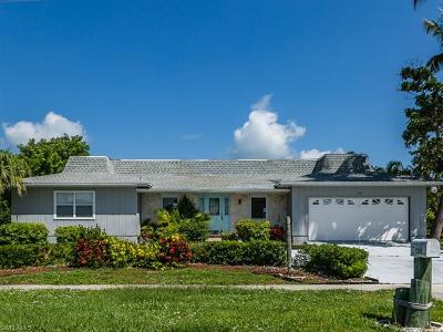 Marco Island Single Family Home For Sale: 1288 Martinique Ct