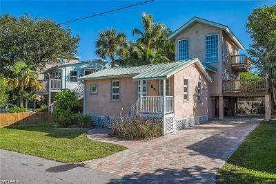 Fort Myers Beach Single Family Home For Sale: 164 Miramar St