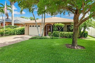 Naples Single Family Home For Sale: 589 104th Ave N