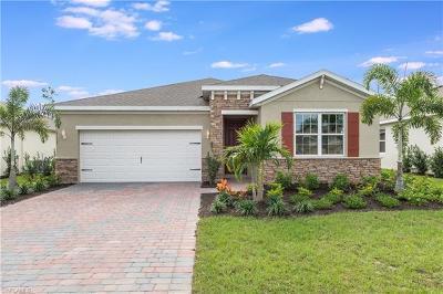 Cape Coral Single Family Home For Sale: 3113 Amadora Cir