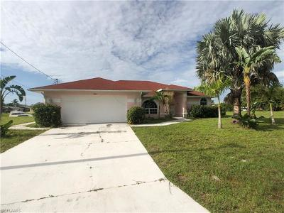 Cape Coral Single Family Home For Sale: 1924 SE 13th Ter