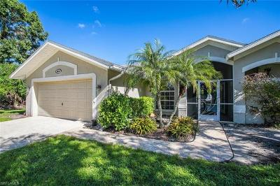 Fort Myers Single Family Home For Sale: 9915 Country Oaks Dr