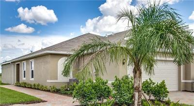 Lehigh Acres Condo/Townhouse For Sale: 10845 Marble Brook Blvd