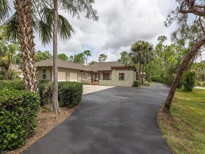 Naples Single Family Home For Sale: 5711 Standing Oaks Ln