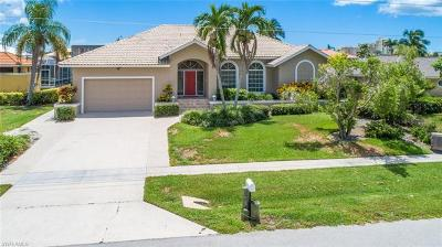 Marco Island Single Family Home Pending With Contingencies: 569 Seagrape Dr