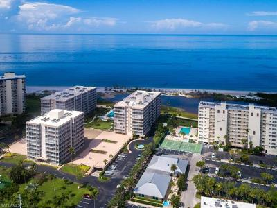 Fort Myers Condo/Townhouse For Sale: 7146 Estero Blvd #312