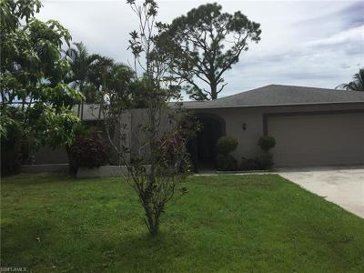 Naples Single Family Home For Sale: 4852 Tahiti Ln