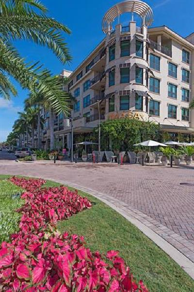 Naples Condo/Townhouse For Sale: 9123 Strada Pl #7309