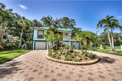 Bonita Springs FL Single Family Home For Sale: $875,000