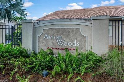Naples Condo/Townhouse For Sale: 3555 Avion Woods Ct #504