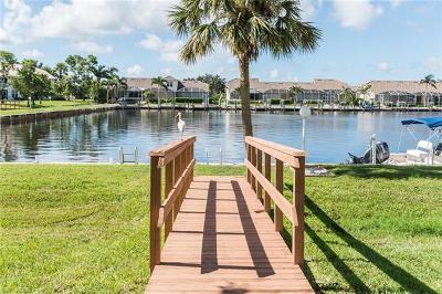 Naples Condo/Townhouse For Sale: 285 Cays Dr #2305