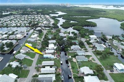 Bonita Springs Mobile/Manufactured For Sale: 24561 Dolphin St
