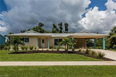 Marco Island Single Family Home Pending With Contingencies: 1374 Trinidad Ave