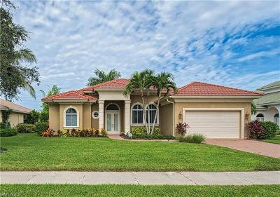 Naples Single Family Home For Sale: 314 Saddlebrook Ln