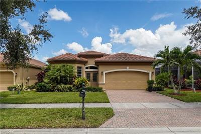 Fort Myers Single Family Home For Sale: 15579 Laguna Hills Dr